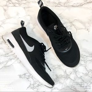 NIKE Black & White Air Max Thea Sneakers